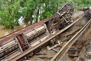 Train derailment/ floodApril 2011